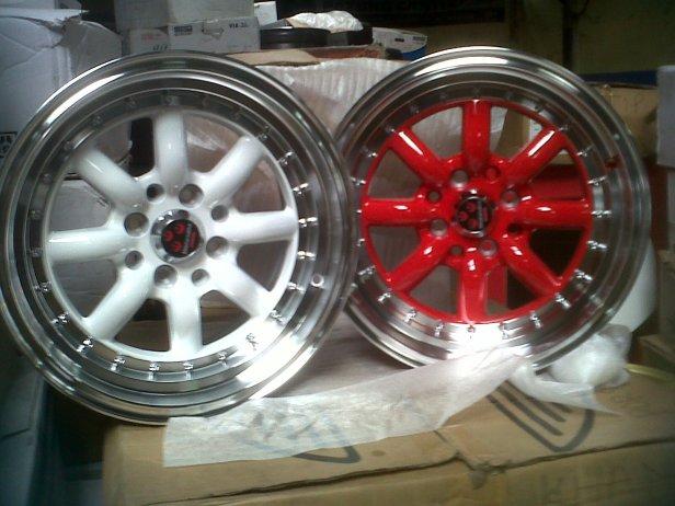 WATANABE R15X8 ET 25 8X100+114 RED&WHITE